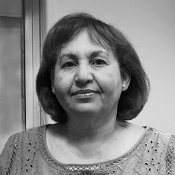 Elena Albanes